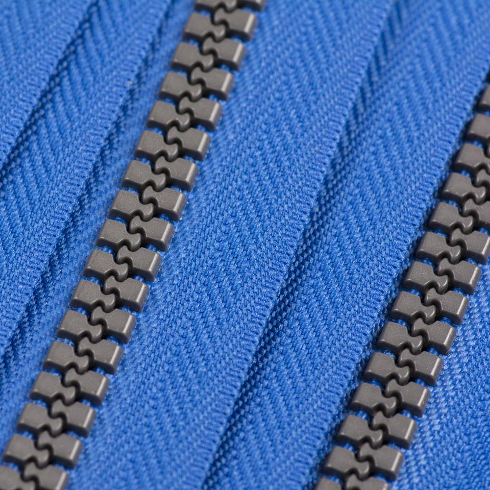 P8 Plaspex Zip Chain